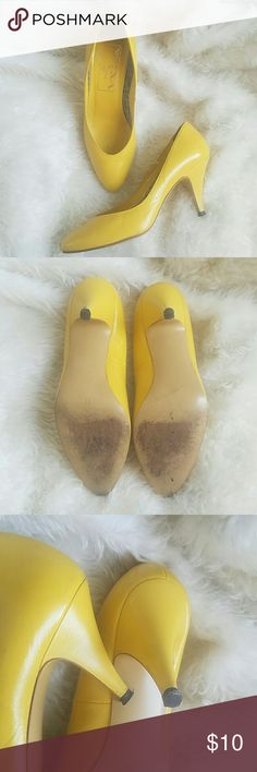 """Vintage yellow leather pumps Awesome yellow pumps perfect for Halloween or a trendy throw back outfit. In great condition, heel caps still have plenty of life in them. Has small minor scuff shown in pic 4.  4""""heel. Nina Shoes Espadrilles"""