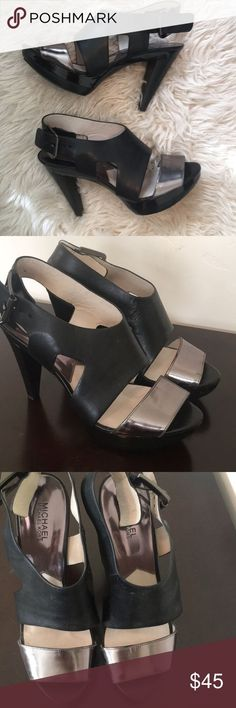 f7488cfa1ddfa4 Michael Kors black and silver pumps Beautiful and comfortable heels, open  toe with strappy feel
