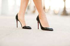 Christian Louboutin Iriza Leather d'Orsay? pumps in black Triple Textures :: Lace velvet