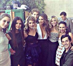 Cast of Pretty little liars :)