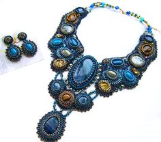 Zana Pancirova is talented bead artist from Latvia. She makes amazing jewelry in bead embroidery