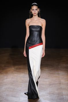 Didit Hediprasetyo | Fall 2015 Couture | 31 Black/white leather strapless maxi dress