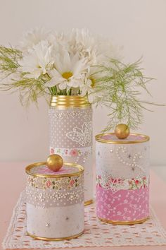 We love this fabulous and easy way to #upcycle tin cans! They would make a lovely #MothersDay gift.