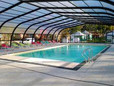 Abri piscine haut grande largeur - Camping Le fréjus