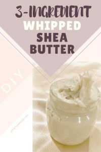 [DIY] Whipped Shea Butter Only 3 all natural ingredients to make this easy quick whipped shea body butter. It's perfect for pregnant or expecting women that need to moisturize to prevent itchiness and stretch marks. Also great as a body butter Shea Butter Cream, Shea Butter Lip Balm, Homemade Body Butter, Whipped Body Butter, Uses For Shea Butter, Homemade Body Lotion, Unrefined Shea Butter, Butter Oil, Homemade Soaps