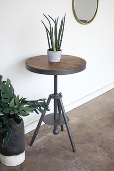 $226.13 Kalalou Round Wood And Metal Side Table With Screw Accent
