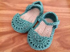 Green Baby Sandals 3 to 6 months 100% Cotton Crocheted Baby Booties