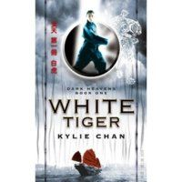 White Tiger: Dark Heavens Book One by Kylie Chan. Original edition (August Fantasy story about Australian nanny in Hong Kong meeting ancient Chinese gods. Dark Books, Cool Books, My Books, Book 1, The Book, Kylie, Heaven Book, Mythology Books, Fantasy Books