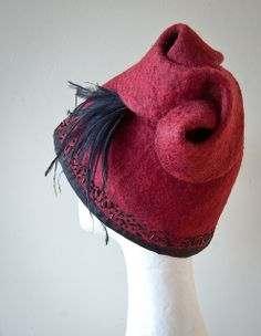 Such a fun festive hat! I want one.... DSC_2976
