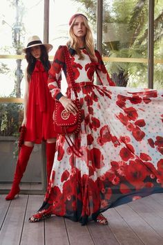 Elie Saab Resort 2019 Fashion Show Collection: See the complete Elie Saab Resort 2019 collection. Look 11 Red Fashion, Look Fashion, Runway Fashion, Fashion Show, Fashion Outfits, Fashion Design, Fashion Vintage, Fashion Clothes, Vintage Style