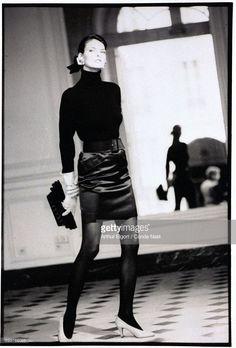 News Photo : Model, Linda Evangelista, wearing a black ribbed...