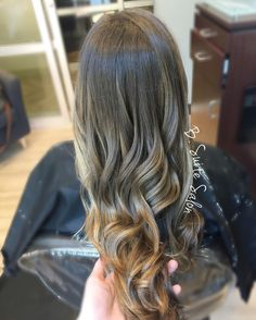 brown balayage highlights by brandie hayes #atlhairstylist #atlsalon #atlhair #gahairstylist #buckheadstylist #buckheadsalon #buckheadhair #blondebalayage #hair #modernsalon #behindthechair #btcpics #hairbrained #beautylaunchpad #americansalon #stylistshopconnect #nothingbutpixies #guytang #sunkissed #balayage #hairpainting #hairgoals #balayageombre #fallhair #imallaboutdahair #mastersofbalayage #thatsdarling #licensedtocreate #hairtalk #balayagespecialist