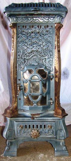 """""""Monopole 116"""" by Deville, France, Art Nouveau multi-fuel stove from the 1910's Belle Epoque, Art Nouveau Furniture, Antique Furniture, Muebles Estilo Art Nouveau, Art Nouveau Arquitectura, Art Decor, Decoration, Old Stove, Antique Stove"""