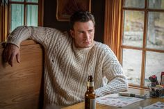 From American hero to cashmere-clad jerk: Chris Evans on his character in 'Knives Out' Chris Evans, Robert Evans, Adam Sandler, Cool Sweaters, Cable Knit Sweaters, White Knit Sweater, Men Sweater, Jumper, Sweater Weather