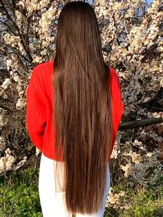 VIDEO - Maria's very long hair by the beach - RealRapunzels