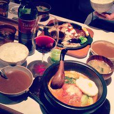 [トマト鍋の*2013/01/16]    本日のでなー∗˚(* ˃̤൬˂̤ *)˚∗     トマト鍋ハンバーグ        @俺のハンバーグ山本