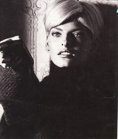 I LOVE this short hairdo rocked by Linda Evangelista!