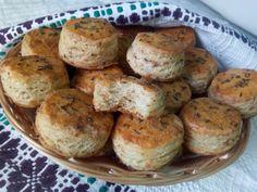 Hellena ...din bucataria mea...: Pogaci cu jumari Baked Potato, Muffin, Food And Drink, Potatoes, Bread, Baking, Breakfast, Ethnic Recipes, Finger