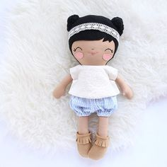 Good news! I've finally finished up my customs and back orders and am now starting on the last release of the year. I've already got 5 dolls started and hope to have 10 more by the 16th. I'll probably email the next three on the waitlist after the shop closes on the 16th.  This beauty is heading to the Philippines for a darling little sweetheart!