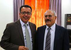 #موسوعة_اليمن_الإخبارية l نجاة المحامي الخاص للرئيس السابق من ثاتي محاولة اغتيال بوسط صنعاء ( تفاصيل )