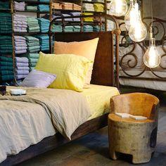 Saako mennä nokosille? Tämä ihana sänky on Pariisin Merci-konseptiikkeessä josta blogissa lisääNap time in Merci Paris . . . #osoiteprofiilissa #addressinprofile #merciparis#päiväunet #lifestyle #lifestyleblogi #sisustus#nelkytplusblogit #interiör #interiør #interior #decoration #bed #paris #visitparis