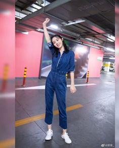 Weibo update Xingfair so cute Li Hong Yi, Tumblr Photography, Chinese Actress, Nymph, Cute Couples, Monitor, Idol, Normcore, Actresses
