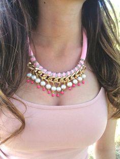 Collar de cuerda declaración rosa pastel / cuerda collar de /Statement collar de…