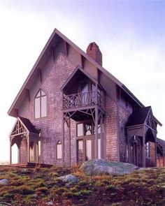 McKim House, a modern interpretation of Gothic by Wyeth Architects
