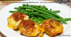 Mini Mozzarella Stuffed Italian Meatloaves - Low Carb, Grain Free, THM S - these cook faster than a big meatloaf & you don't need to roll them into balls. They are a perfect weeknight meal. Bariatric Recipes, Thm Recipes, Ketogenic Recipes, Cooking Recipes, Healthy Recipes, Clean Recipes, Healthy Foods, Recipies, Dinner Recipes
