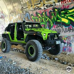"Reposting Noah Plumb .limit.jeep/: ... ""Beautiful build ☆☆ #jeeplife #jeeps #jeepporn #jeepin #jeeplove #jeepfamily #jeepsofinstagram #jeepthing"""