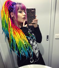 Over the years Ive done every colour possible (at least twice) I figured it was … - Modern Hippie Dreads, Hippie Hair, Dreadlock Hairstyles, Cool Hairstyles, Rasta Hair, Creative Hair Color, Tribal Hair, Beautiful Dreadlocks, Synthetic Dreads
