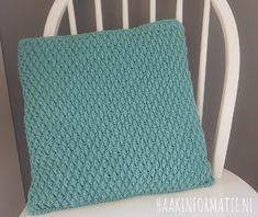 Crochet Cushions, Crochet Pillow, Plaid Blanket, Pumpkin Crafts, Crochet Diagram, Crochet Home, Knit Fashion, Handicraft, Diy Clothes