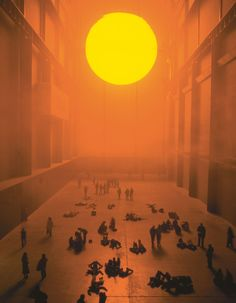 The weather project 2003 Turbine Hall, Tate Modern, London, UK, 2003 Olafur Eliasson Turbine Hall, Studio Olafur Eliasson, Nam June Paik, Instalation Art, Inspiration Artistique, Art Fund, Drawn Art, Foto Art, Land Art