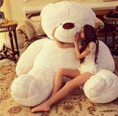 When this teddy bear is to cute ✨ Huge Teddy Bears, Teddy Bear Day, Giant Teddy Bear, Teddy Girl, Ted Bear, Tatty Teddy, Favim, Girly Things, Cuddling