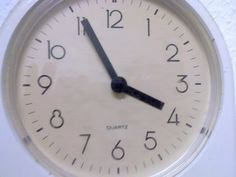 Learn German #14a - How to tell the time (formal) - YouTube