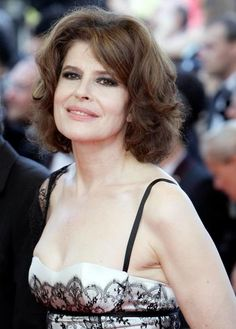 Fanny Ardant, flaunts her beauty. She is at home in her own skin.