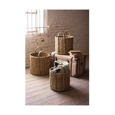 Kalalou Seagrass Round Braided Storage Basket ($198) ❤ liked on Polyvore featuring home, home decor, small item storage, grass basket, braided baskets, seagrass baskets, sea grass baskets and round storage basket