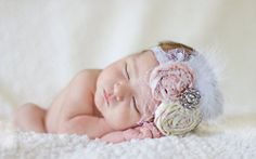 Kids should be dressed to the tee. With this Vintage Infant Headband Tutorial, your little one will be the talk of the town. This pattern us...