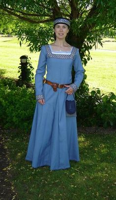 Image: Blue dress - Sysidan Square neckline, interesting. Love the embroidery.