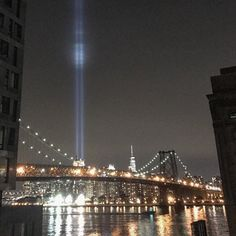The light. #groundzero #worldtradecenter #manhattan #nyc #newyork #newyorkcity #manhattanviews #september11 #thisisseptember #williamsburg #williamsburgbrooklyn #williamsburgbridge