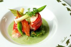 """NOUVELLE"" FRENCH CUISINE PRESENTATION"