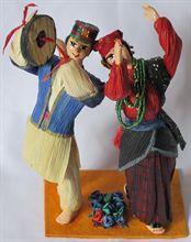 Dancing Gurung Couple (7 inch)