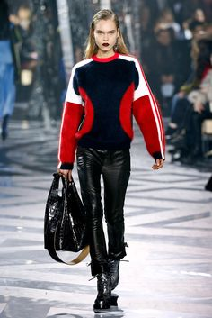 Louis Vuitton RTW Fall 2016 #PFW [Photo: Giovanni Giannoni]