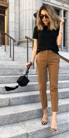 Cute date night or casual work office outfit. Cute women's fashion chic fall* winter* spring* summer casual street style outfit inspiration ideas. 75 Fall Outfits to Try This Year. Casual Chic Outfits, Work Casual, Dress Casual, Formal Dress, Casual Office Outfits Women, Casual Office Wear, Casual Pants, Summer Work Outfits Office, Simple Work Outfits