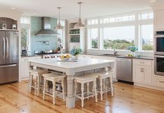 House of Turquoise: REEF Cape Cod's Home Builder