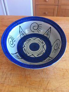 diameter, 2 quart slip decorated bowl, sprayed with GT Clear glaze. Wheel Throwing, Pottery Making, Pottery Ideas, Glaze, Tableware, Decor, Enamel, Dinnerware, Decoration