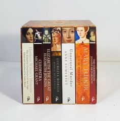 Women in History ~ Boxed Set of 7 Books ~ Nice Set