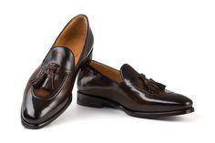 michelangelo brown handcrafted shoes Tassel Loafers, Michelangelo, Penny Loafers, Italian Style, Tassels, Classy, Stylish, Brown, Model