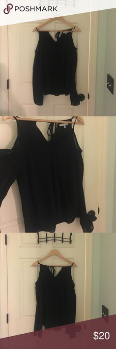 Never Worn: Black Blouse Black blouse with shoulder cutouts. I had ordered it online from Lime Lush & never wore it. ✨ Lime Lush Tops Blouses