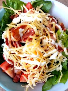A satisfying version of a classic treat that balances a range of healthy vegetables, tasty proteins, and filling fats with only 10g carbs per salad. Gluten Free Recipes, Low Carb Recipes, Healthy Vegetables, Caesar Salad, Fresh Green, Cheddar Cheese, Bacon, Keto, Tasty